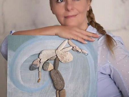 Pebble Art by Erzsébet Szilajka