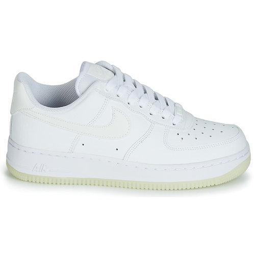 NIKE - AIR FORCE 1 '07 ESSENTIAL W - Bianco scarpe sneakers uomo donna moda tendenze 2019