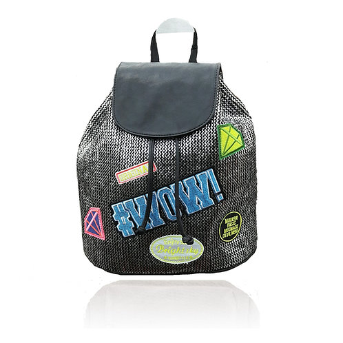 zaino zainetto faccine copelle patch metallo toppe donna leather backpack borsa pelle accessori street style urban loop