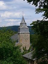 Tour_de_l'église_de_Bra-sur-Lienne.JPG