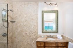 SM404 Bathroom #2