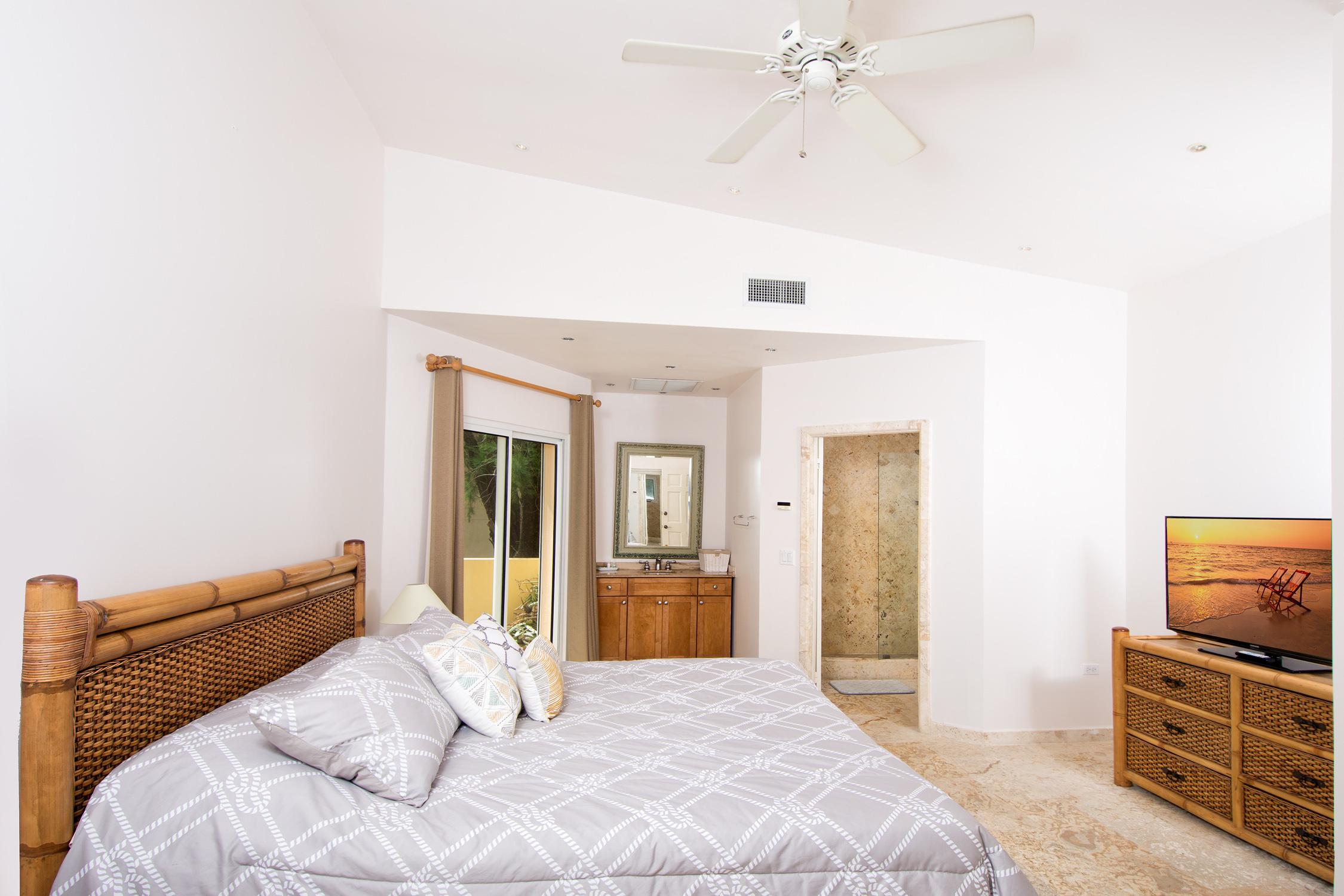 SM404 Bedroom #3