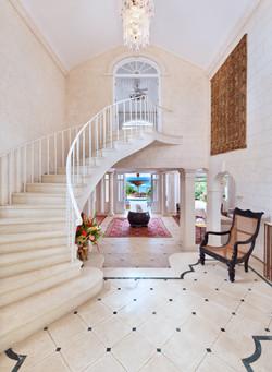 BB366 Foyer