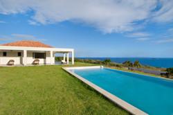 SM400 Private Swimming Pool + Lawn