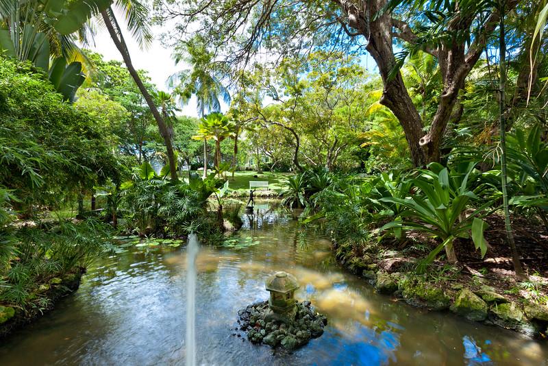 BB364 Lake Lotus