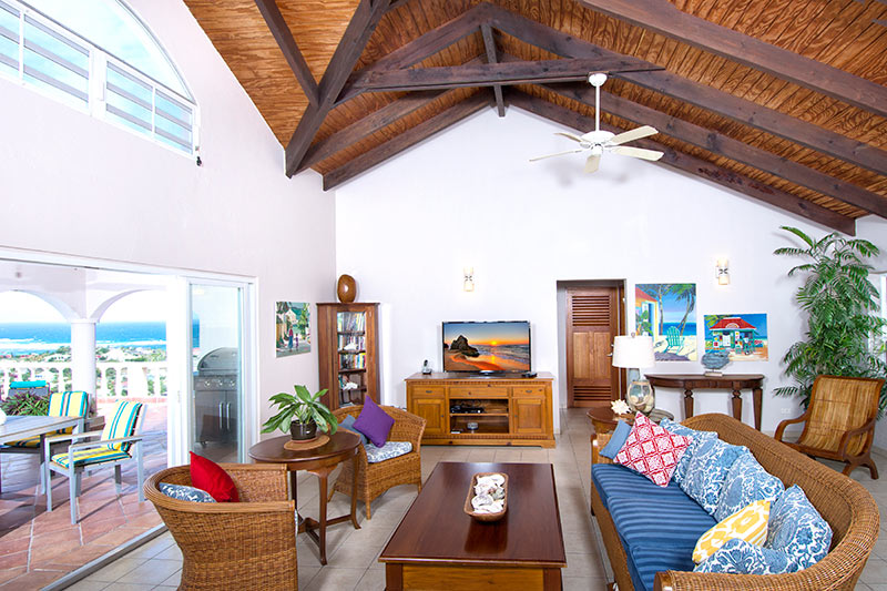 SM390 Living Area