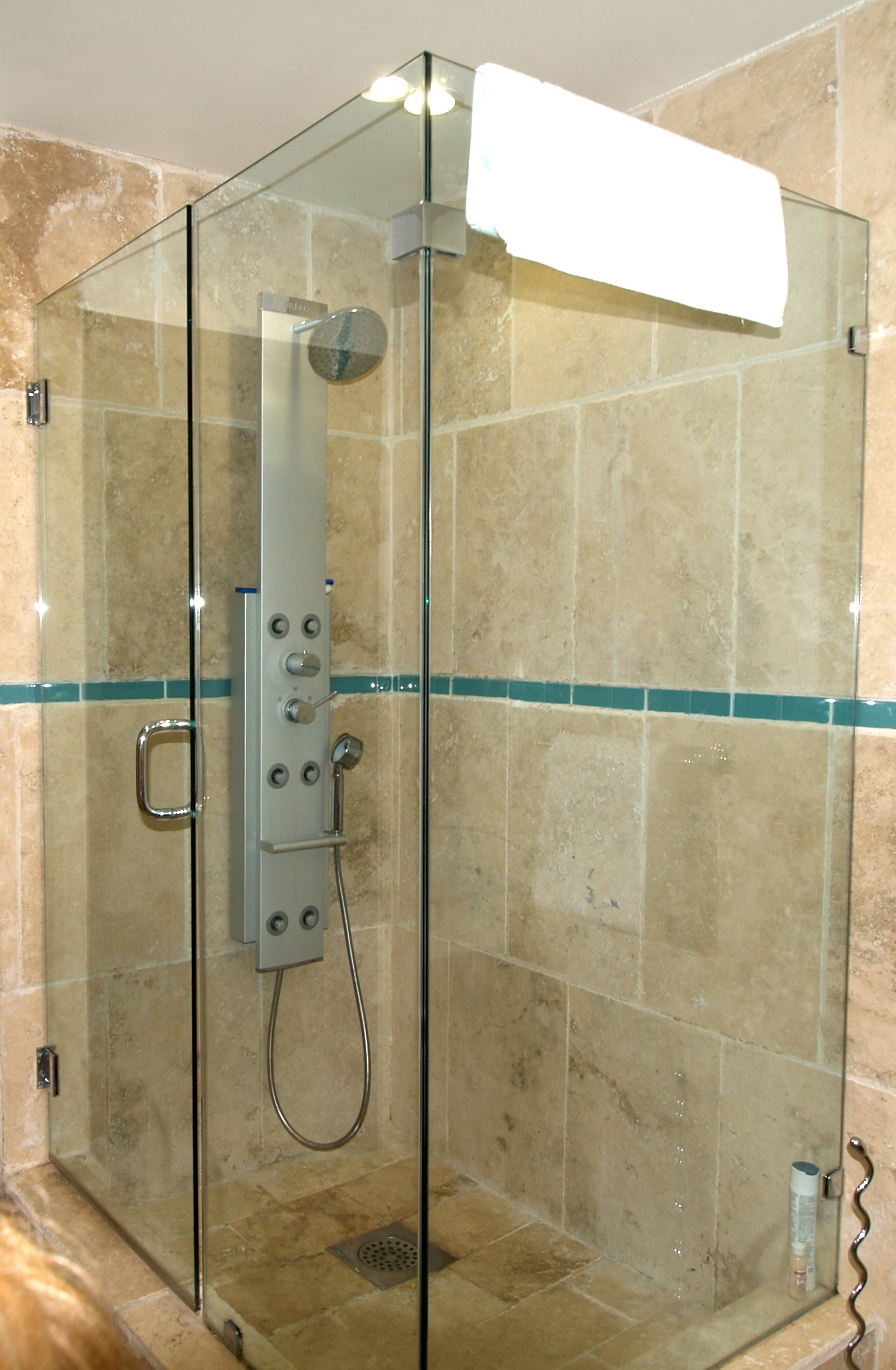 SM390 Bathroom