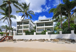 BB386 Apartments from Beach