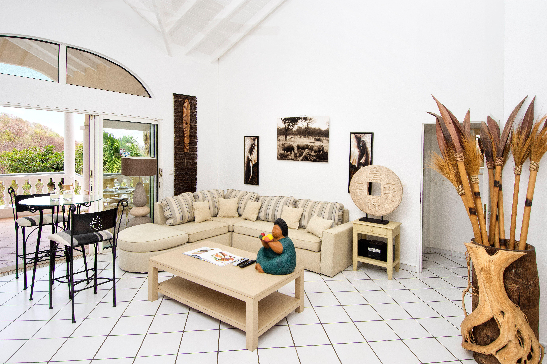 SM334 Living Room