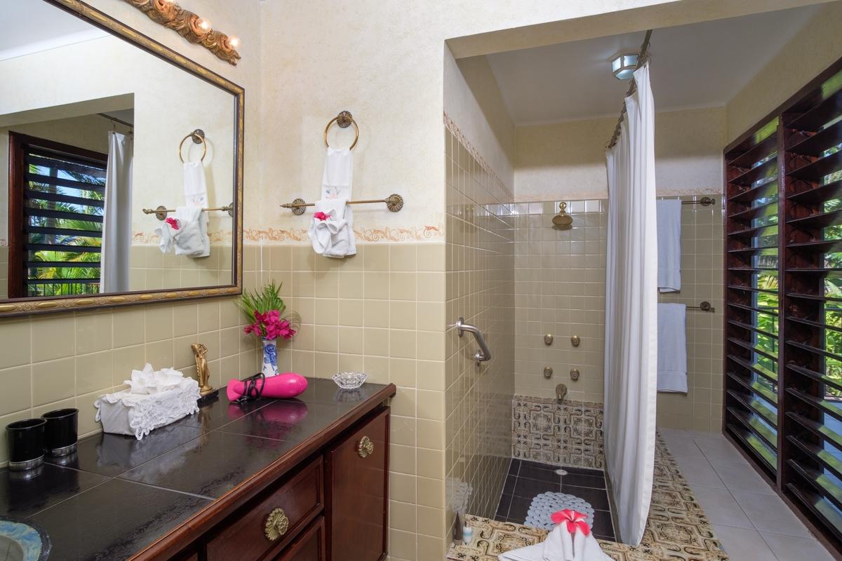 JM149 Guest Bathroom