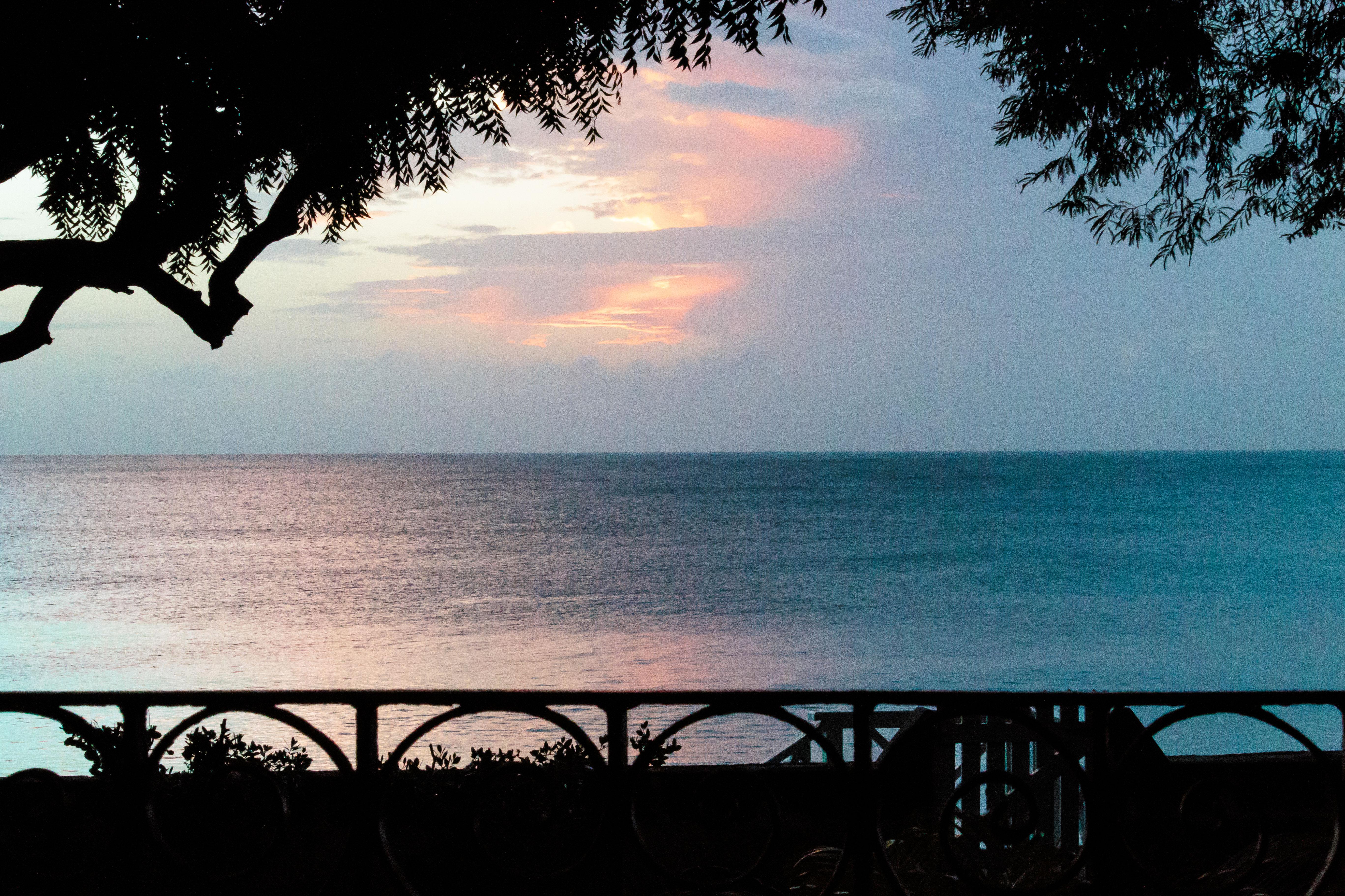 BB352 Sunset View