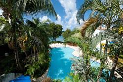 BB406 Resort-Style Swimming Pool (Shared)