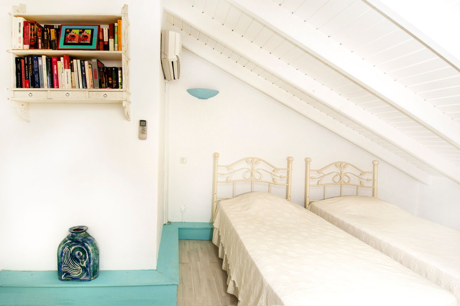 SM334 Guest Bedroom Loft