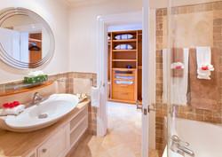 BB518 Guest Bathroom
