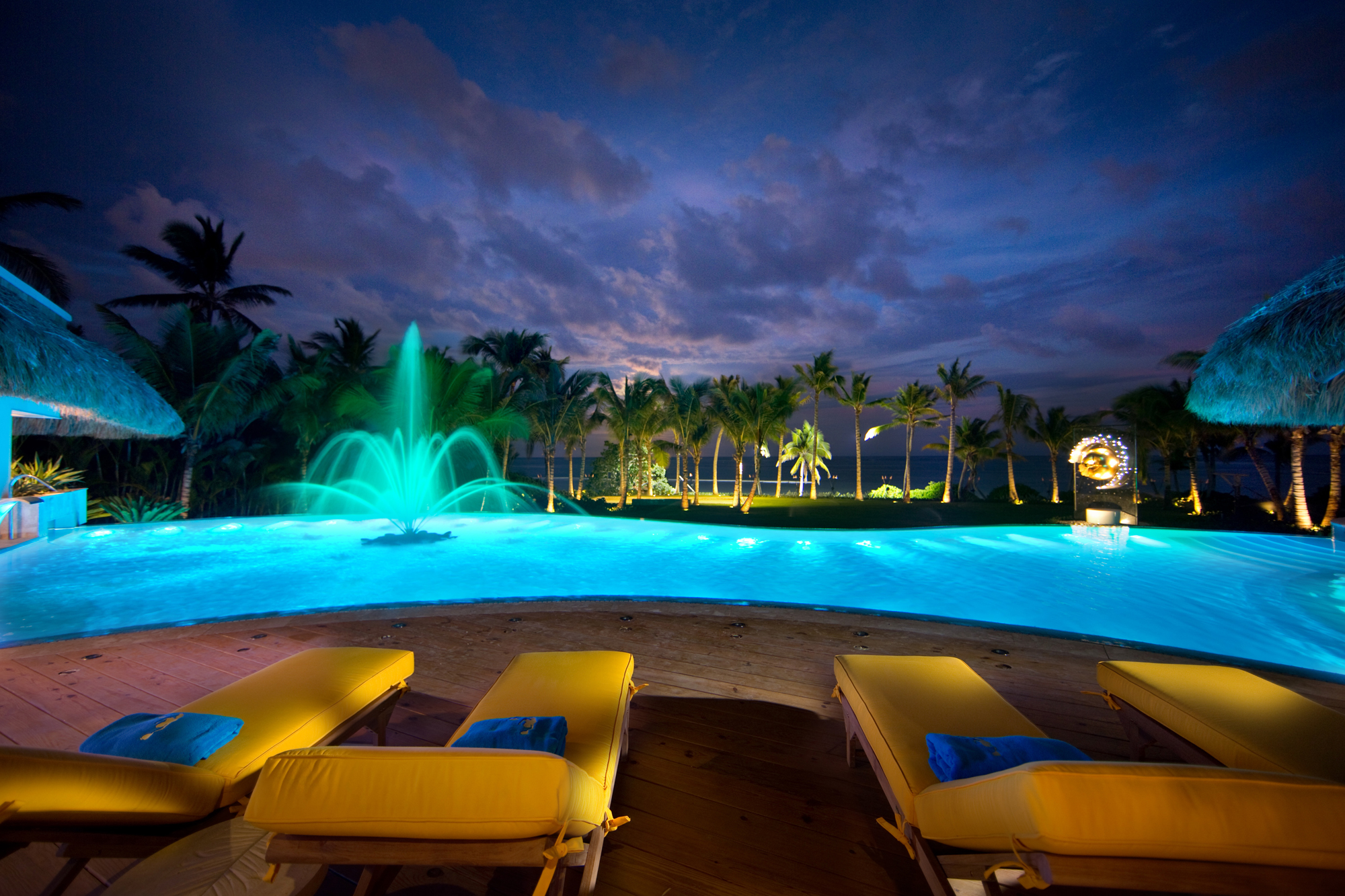 DR300 Swimming Pool at Night