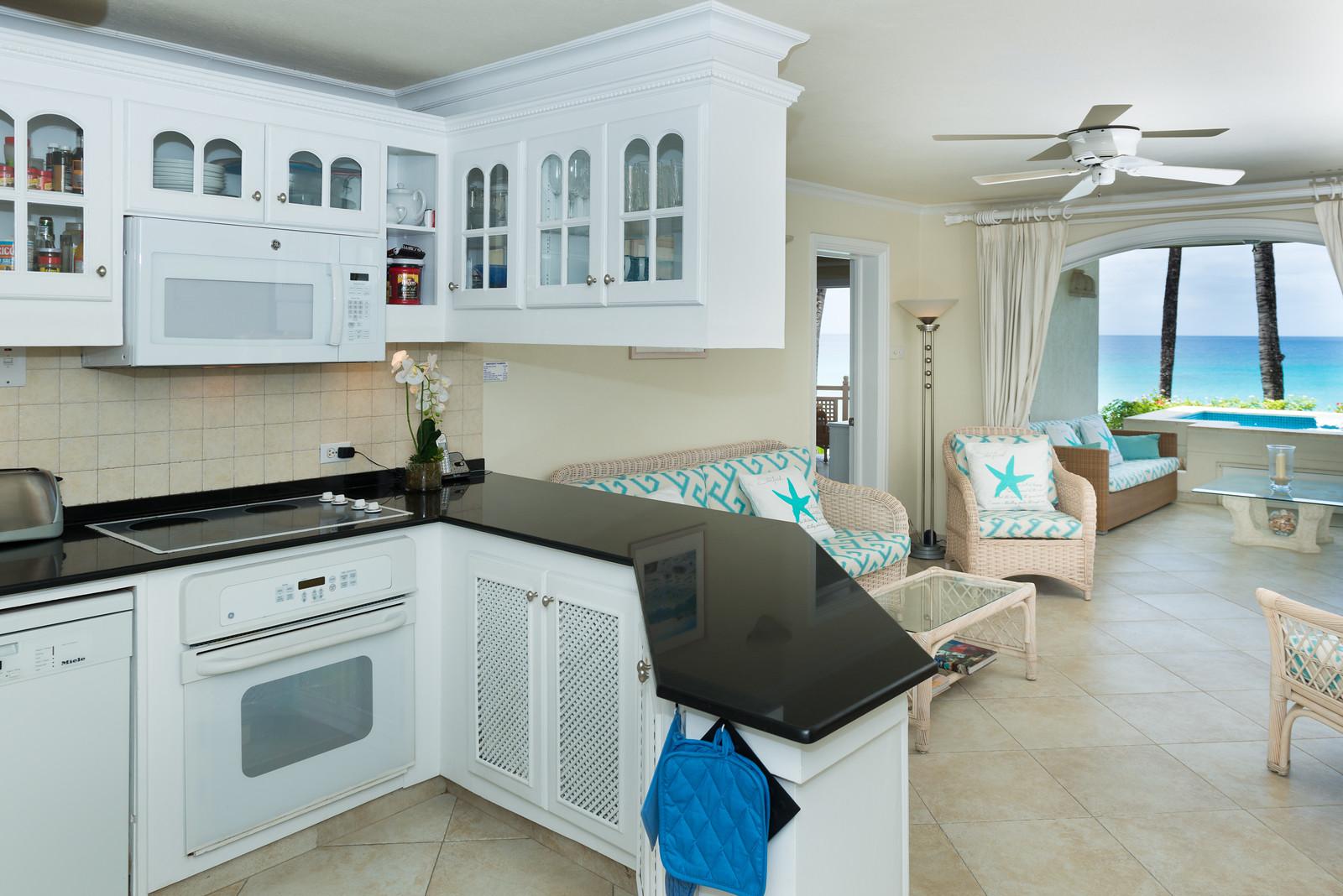 BB524 Kitchen + Living Room