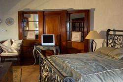 SM393 Master Bedroom