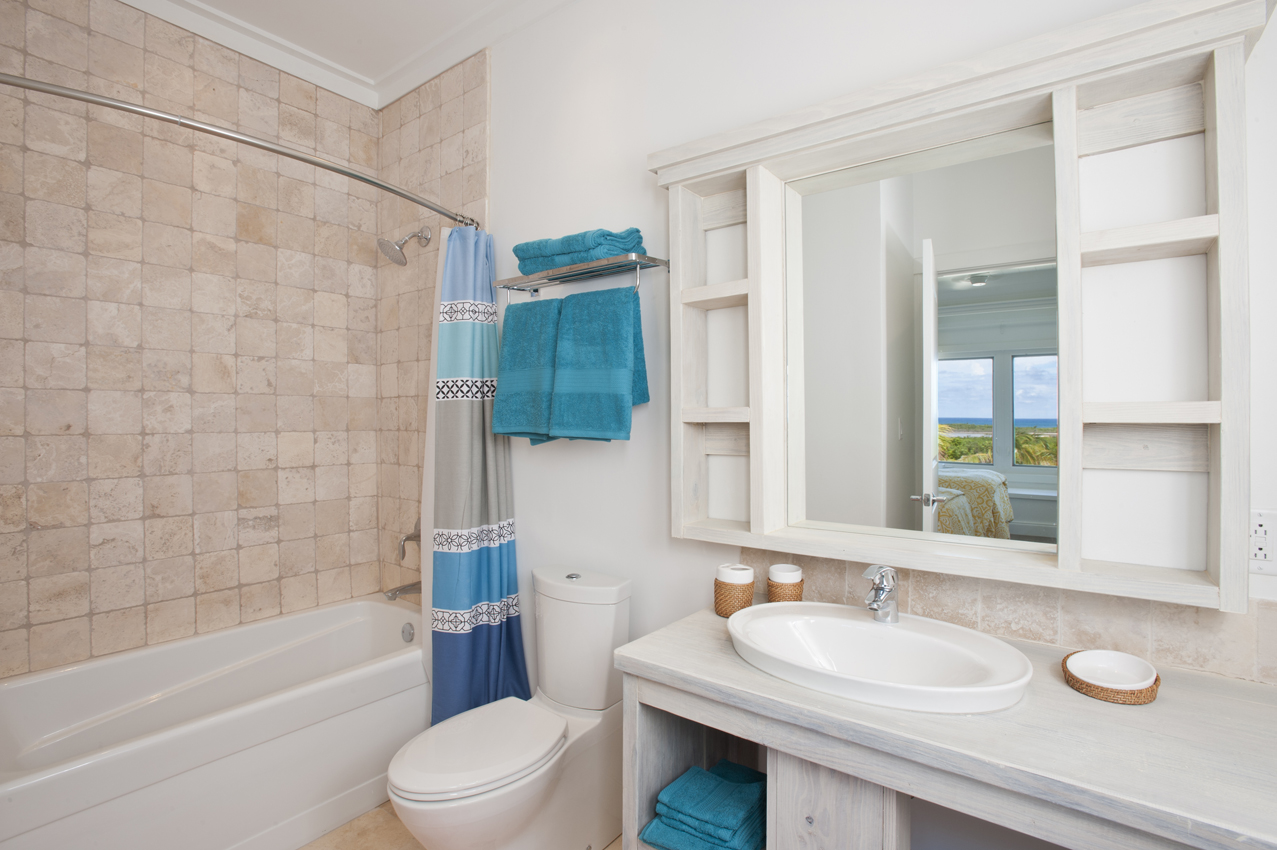 BH403 Guest Bathroom