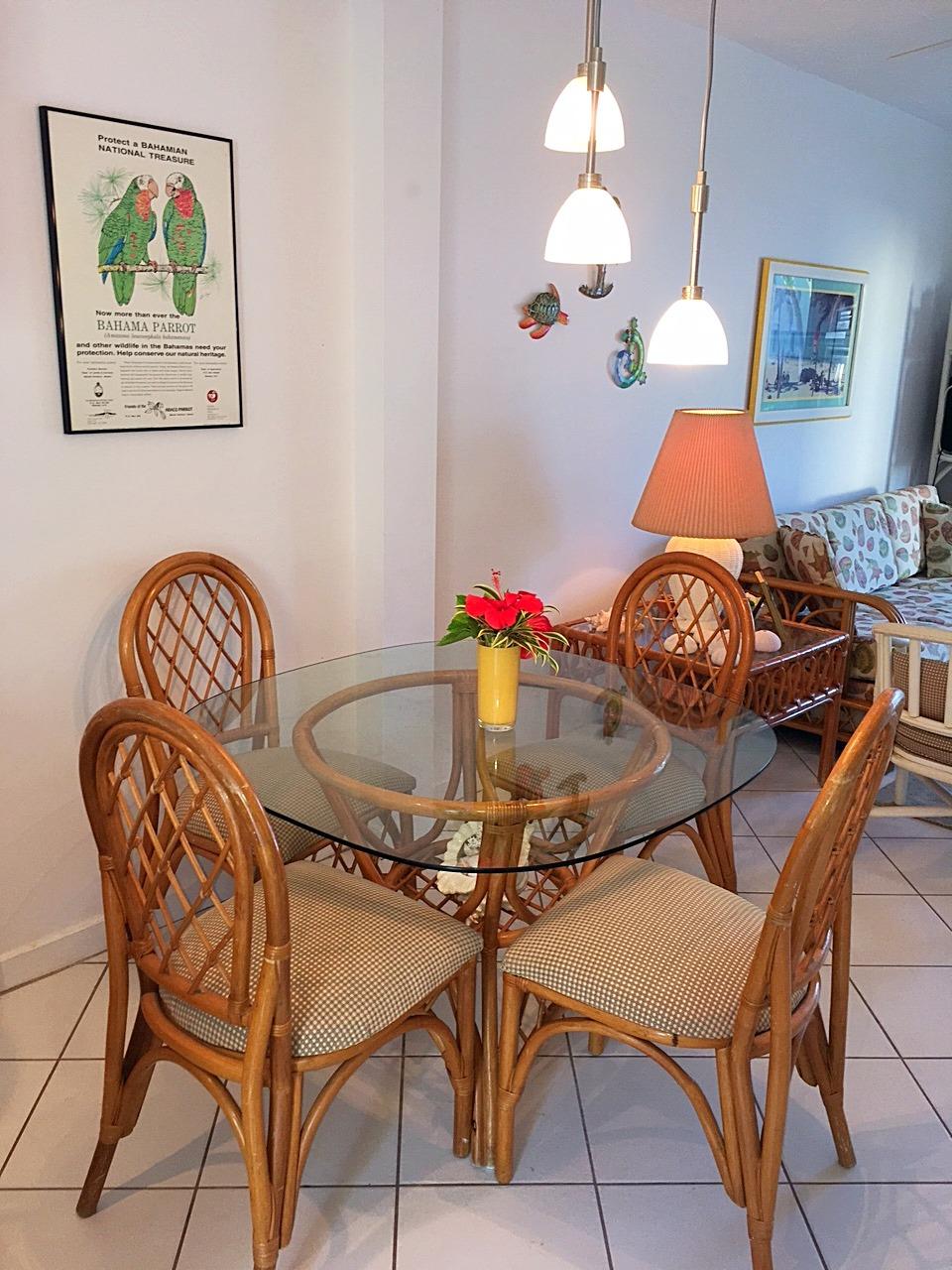 BH400 Dining Area