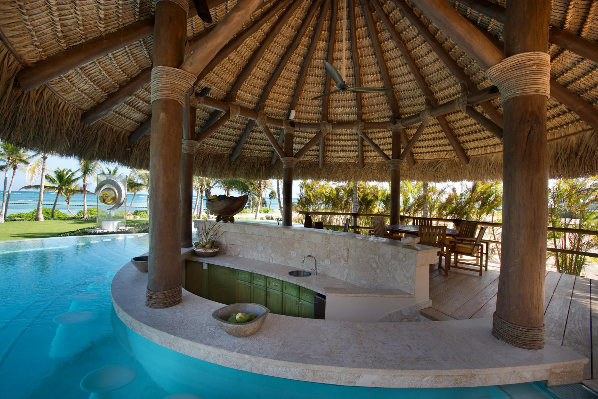 DR300 Pool Cabana Bar