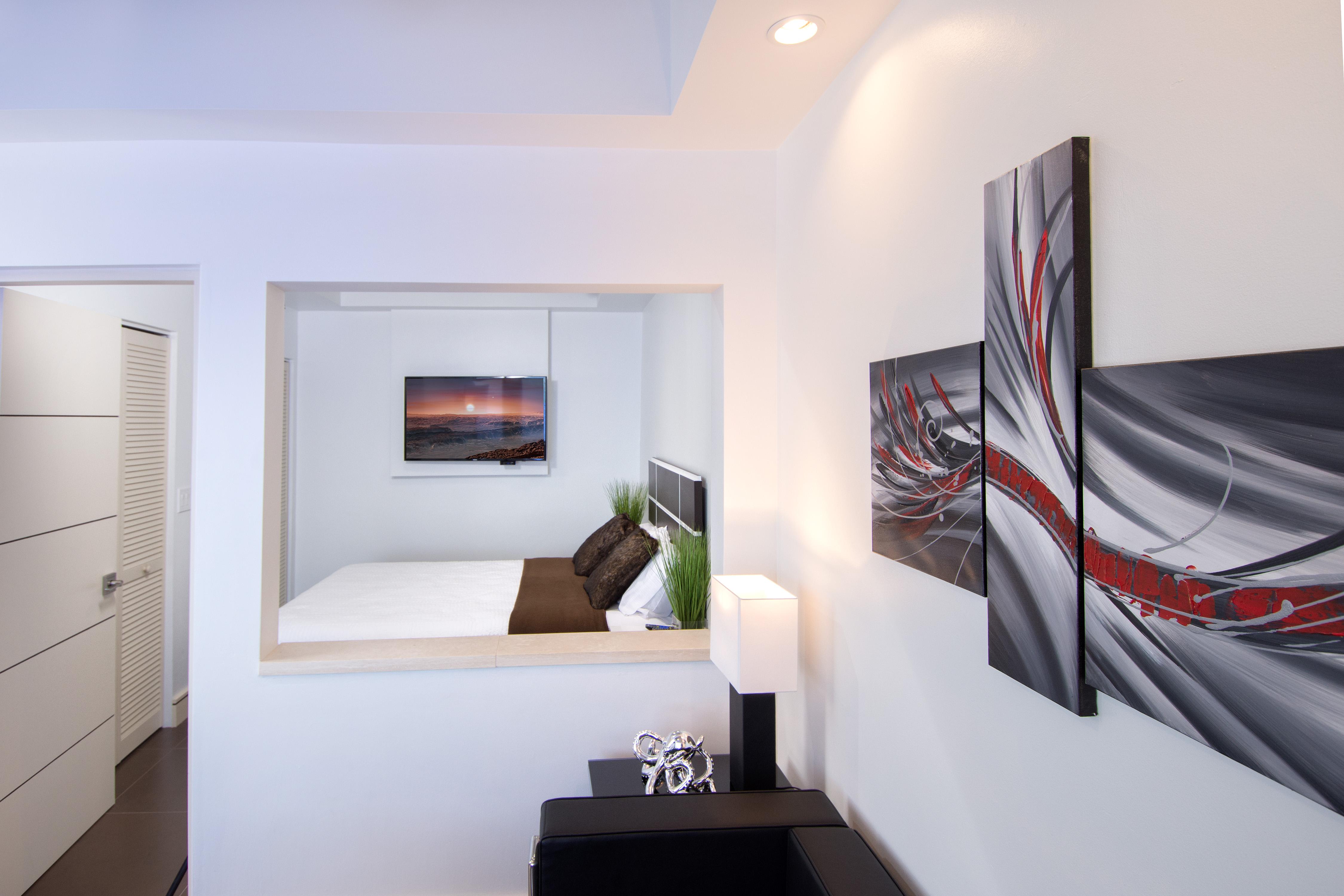 SM101 Apartment Living/Bedroom