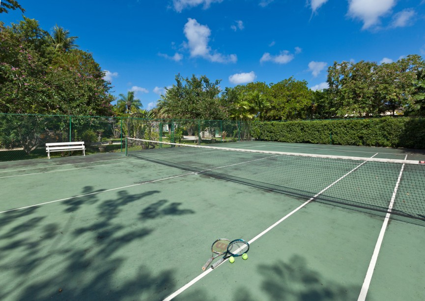 BB100 Private Tennis Courts