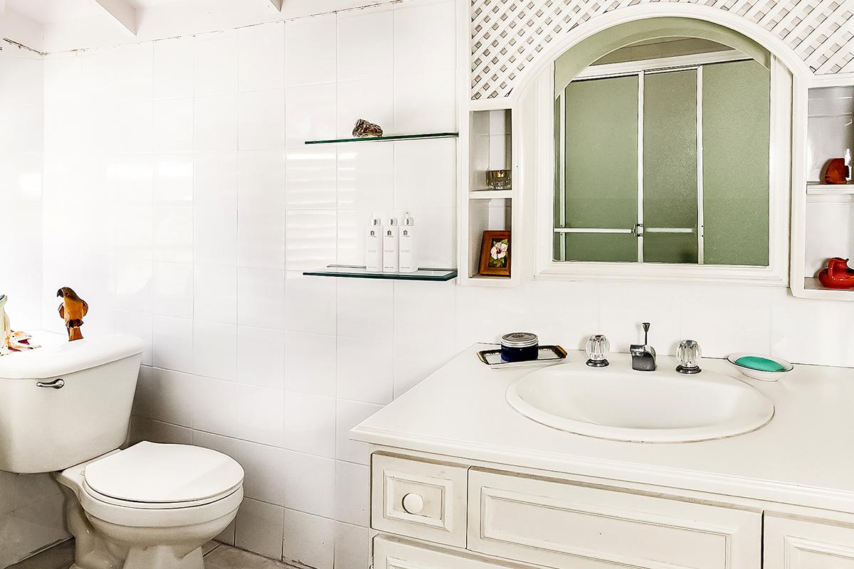 JM251 Bathroom 3