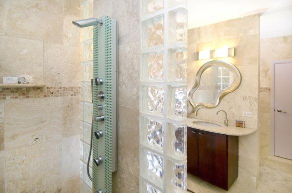 SM406 Bathroom #1