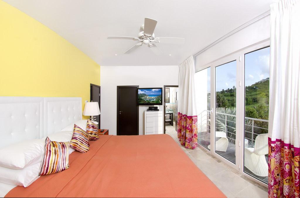 SM391 Bedroom