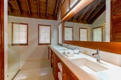 JM256 Guest Bathroom