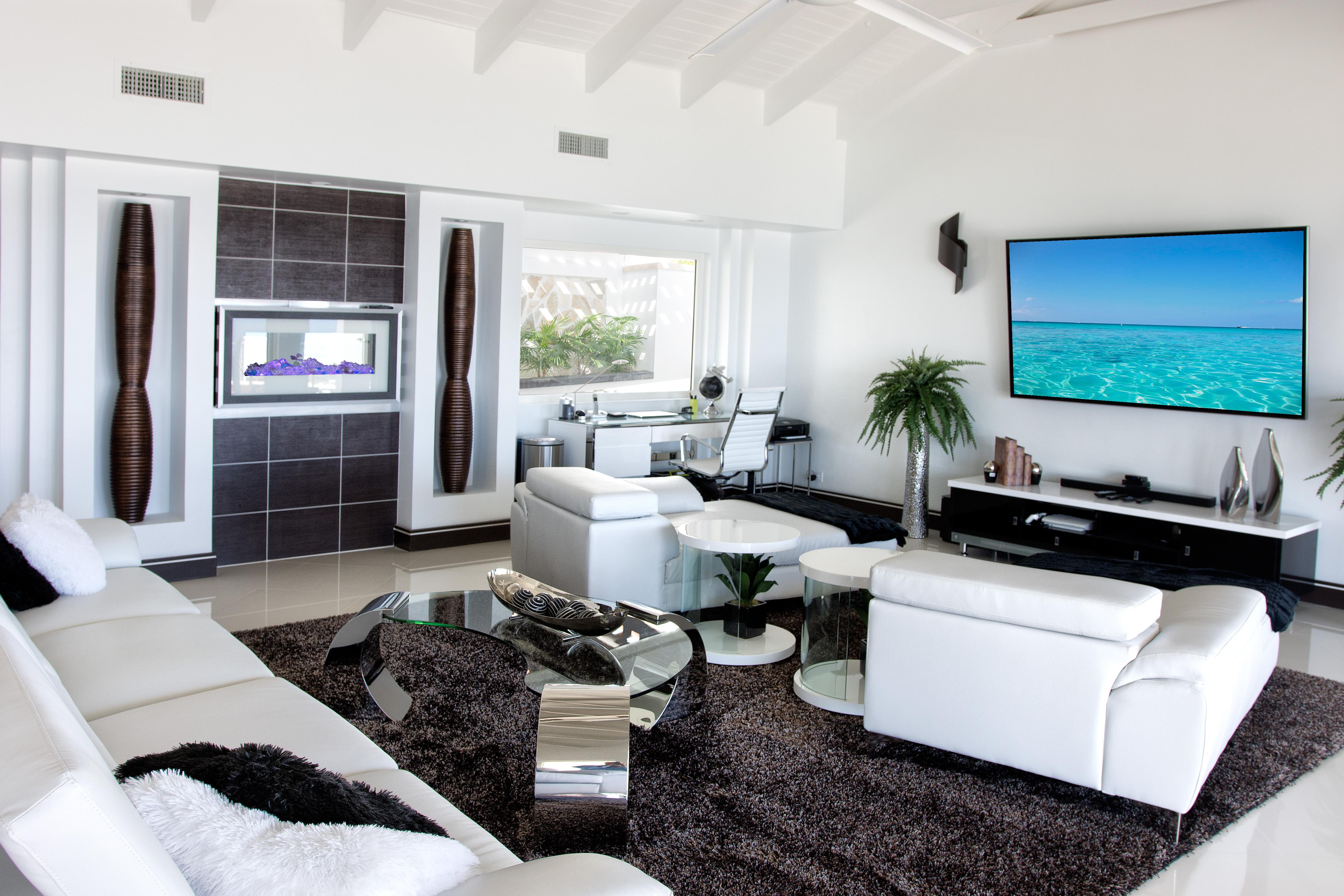 SM101 Living Area
