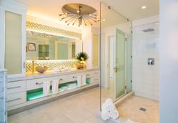 JM231 Bathroom #6