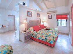 BB336 Cottage Bedroom1