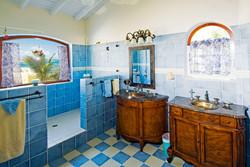 SM330 Master Bathroom