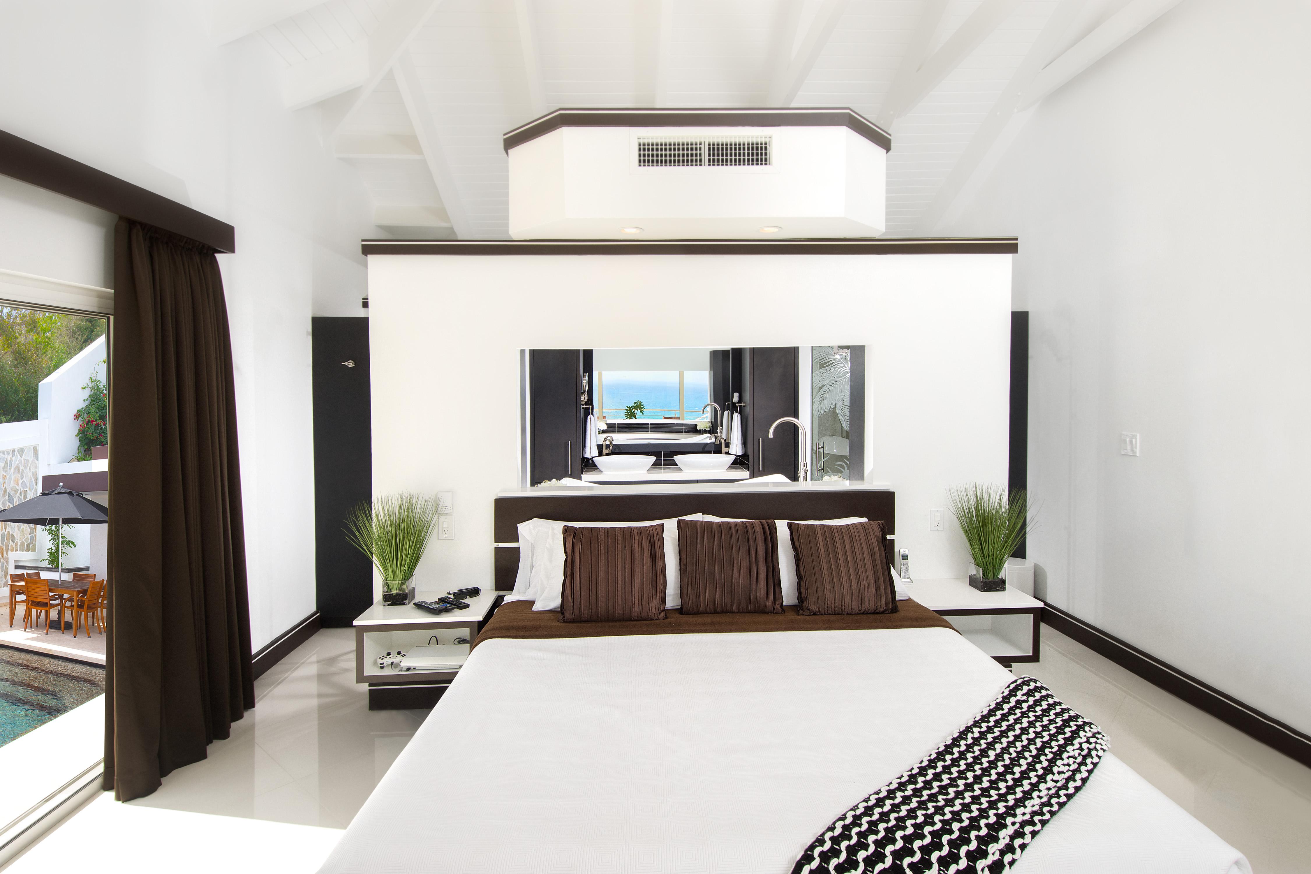 SM101 Master Bedroom 1