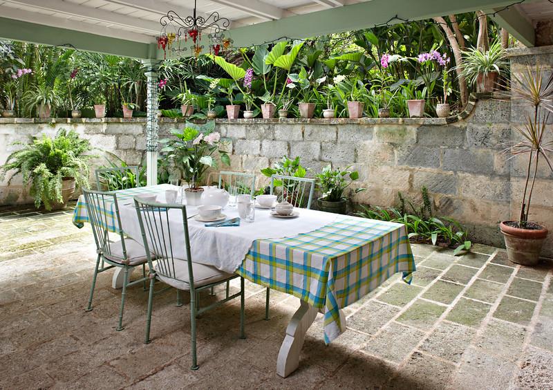 BB364 Covered Verandah Dining