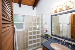 SM390 Bathroom