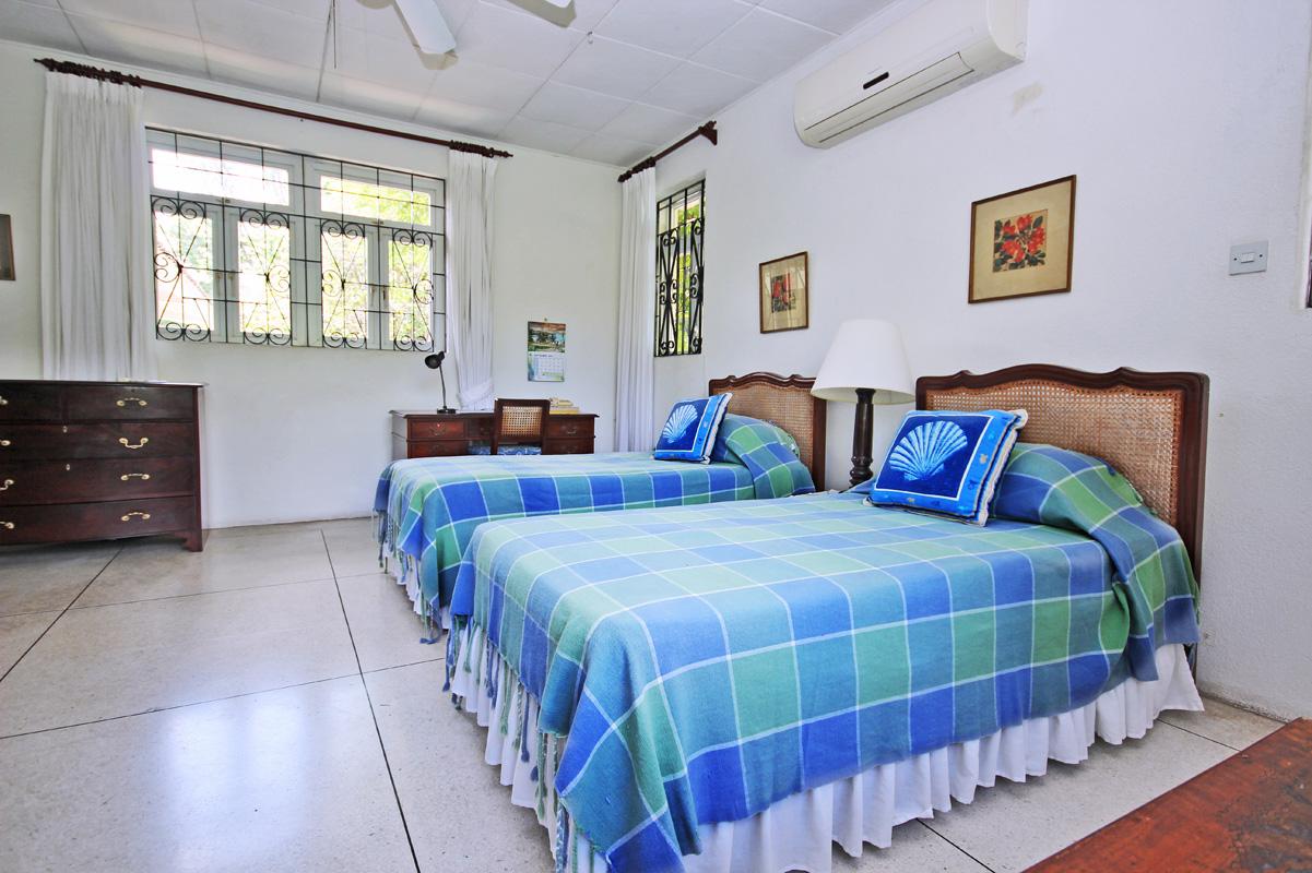 BB352 Bedroom #2