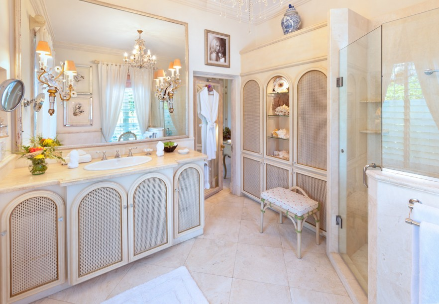 BB100 Master Bathroom