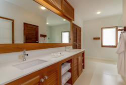 JM255 Master Bathroom