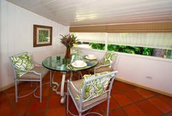 BB400 Dining Area