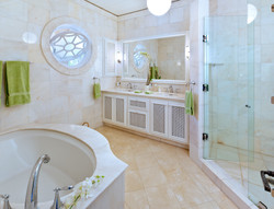 BB366 Bathroom 4