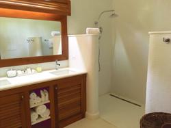 JM254 Guest Bathroom