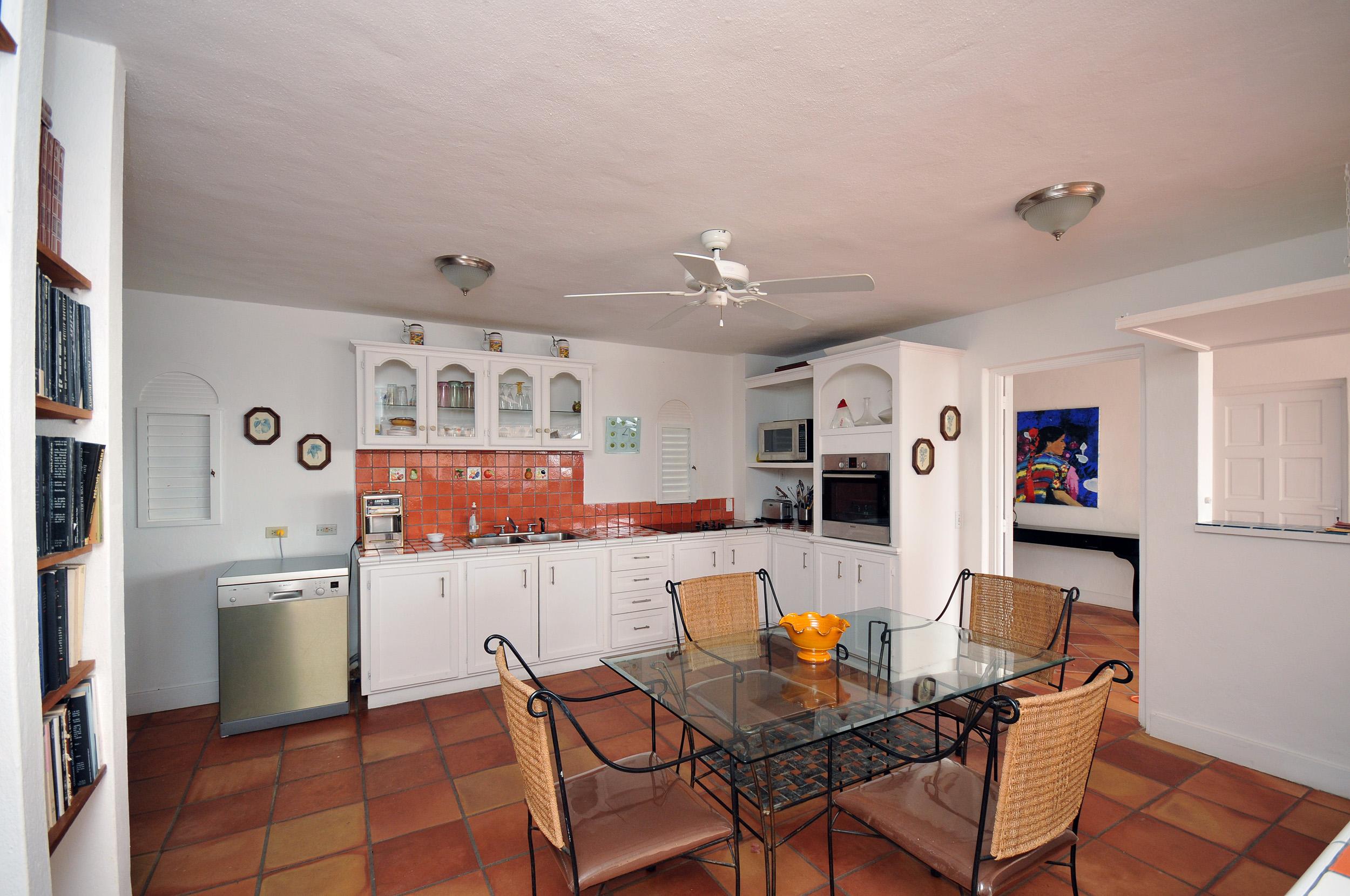 SM405 Kitchen