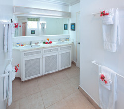BB336 Bathroom