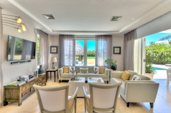 DR305 Living Room