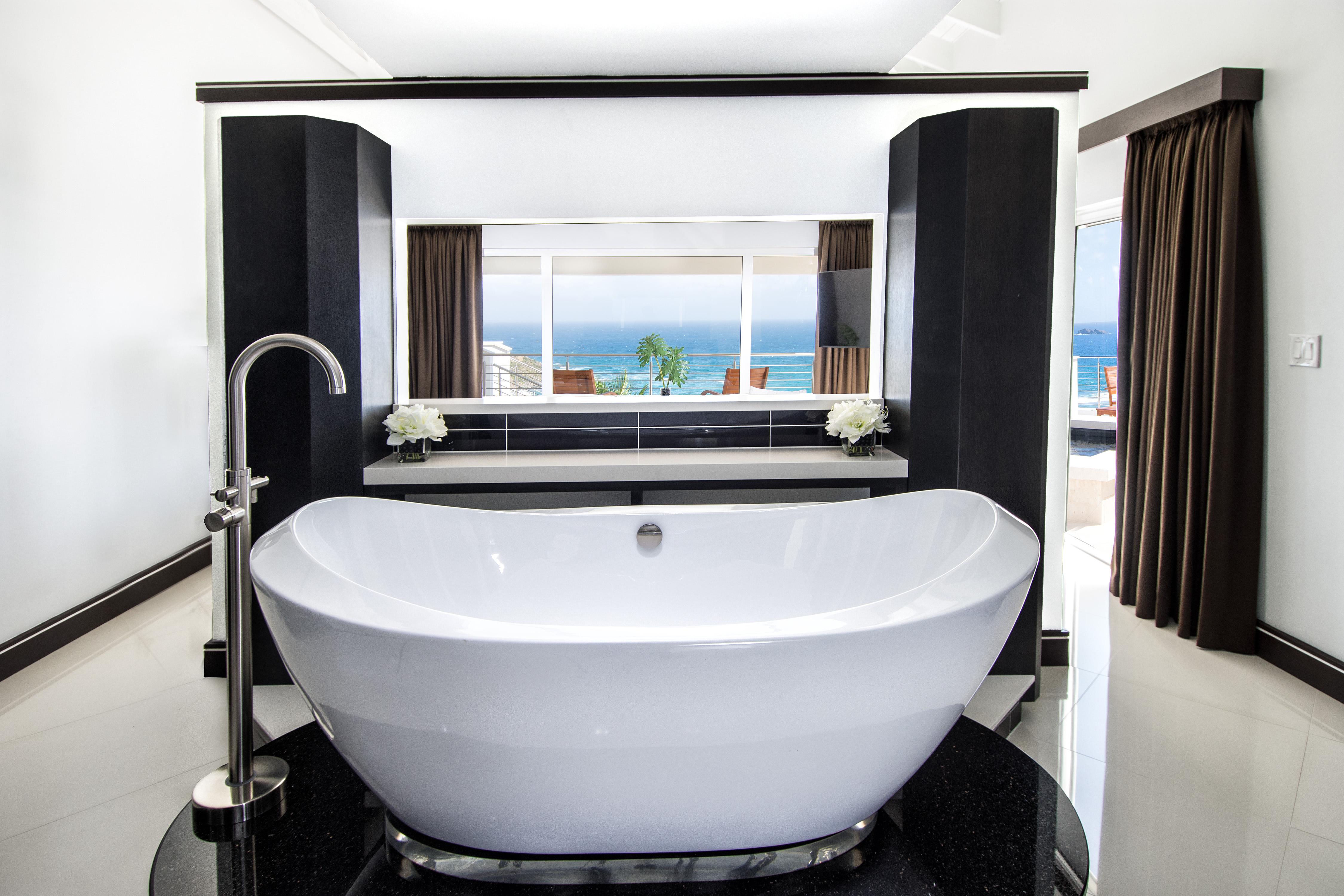 SM101 Master Bath 2