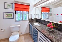 BB336 Cottage Bathroom