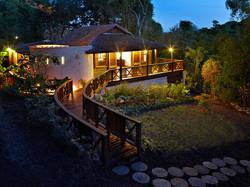 BB364 Cottage at Night