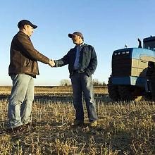 farmers_business_hand_shake-iStock-RGB.j